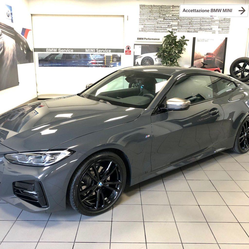 Nuova BMW Serie 4 Coupè Con Allestimento M Performance